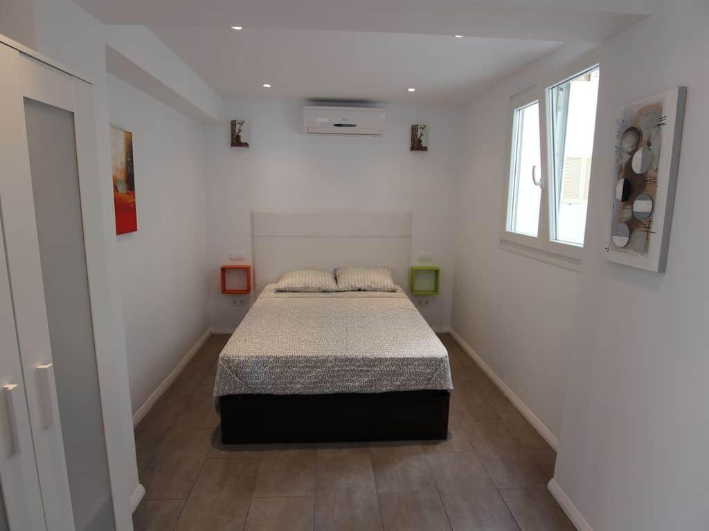 ferienwohnung-el-arenal-schlafzimmer