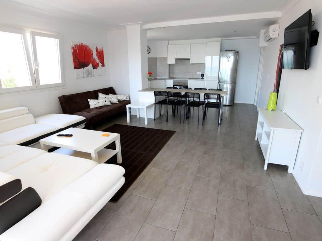 ferienwohnung el arenal mieten von privat infos und bilder. Black Bedroom Furniture Sets. Home Design Ideas