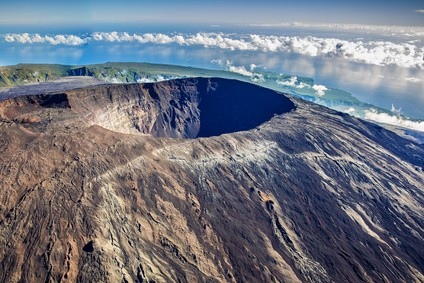 Vulkan Krater - Die 10 höchsten Vulkane der Welt