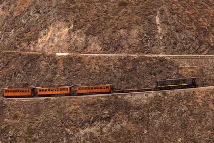 Zugstrecke Nariz del Diablo - Die zehn gefährlichsten Bahnstrecken der Welt
