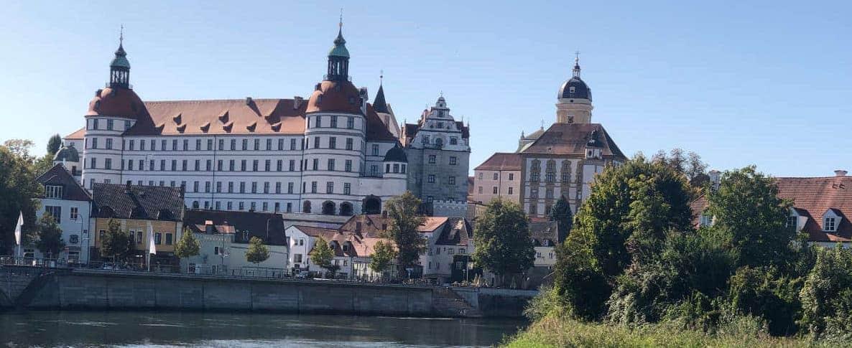 Schloss-Neuburg