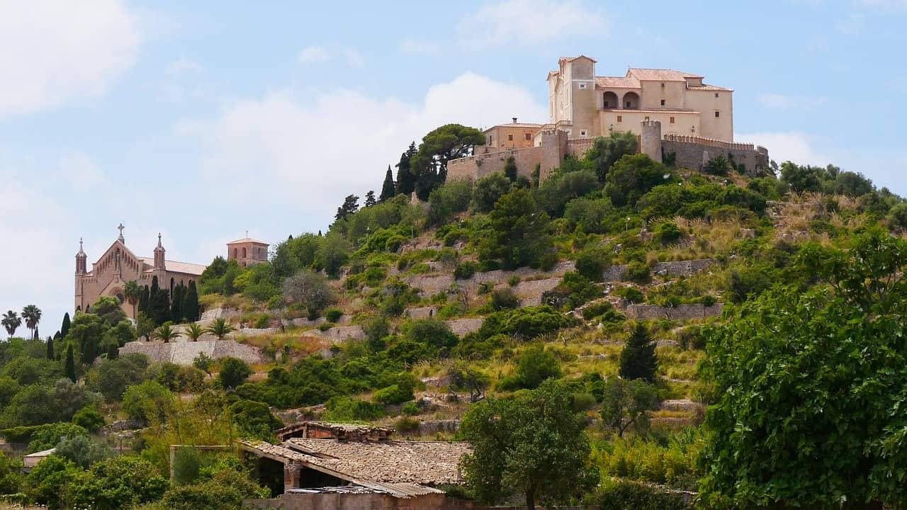 Reiseblogonlie_Arta_Mallorca_Burg